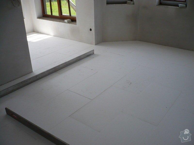 Vnitřní jádrové a štukové omítky, izolace podlahy.: P1030315