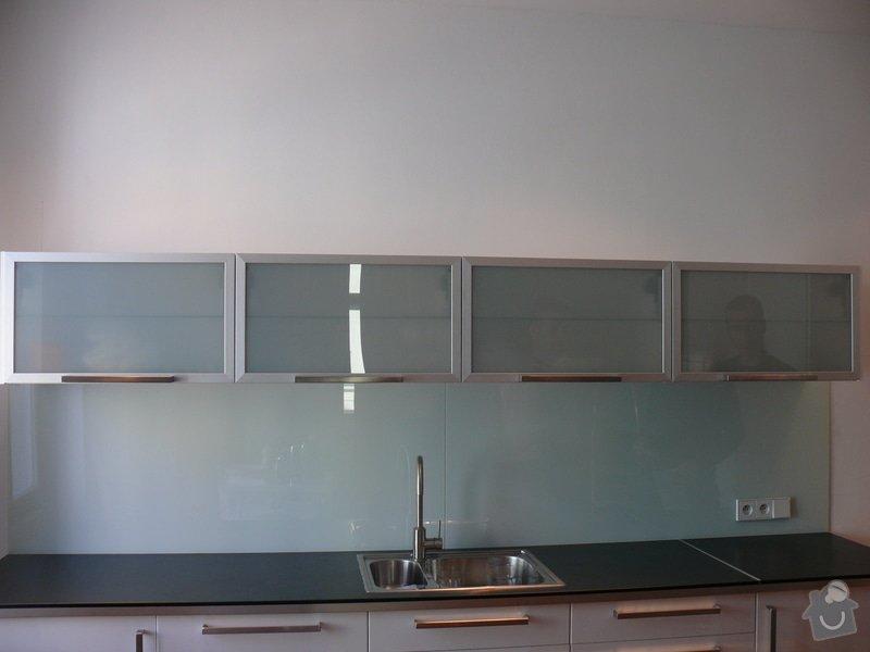 Lakovaná skla LACOBEL: P1000230