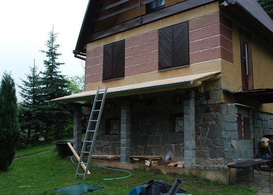 Přístřešek pro dřevo
