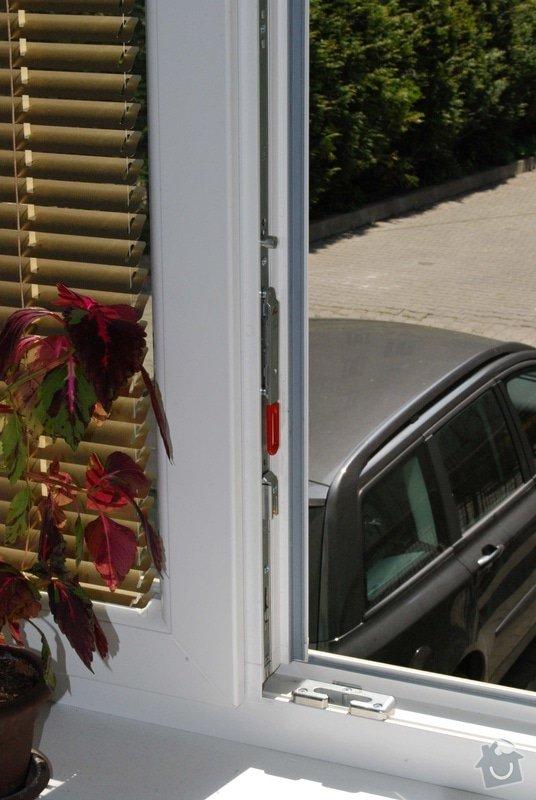 Síť proti hmyzu do plastového okna: 003_-_Okno