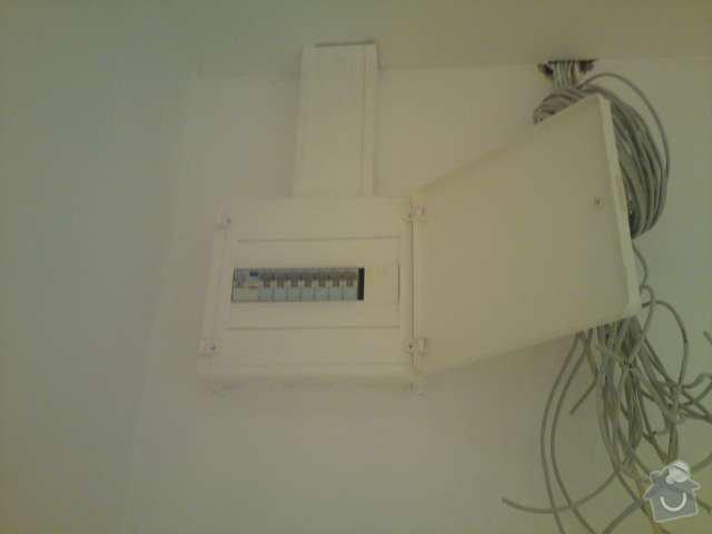 Rekonstrukce elektroinstalace - panelový byt 2+1 včetně rozvodů datové sítě: DSC00318