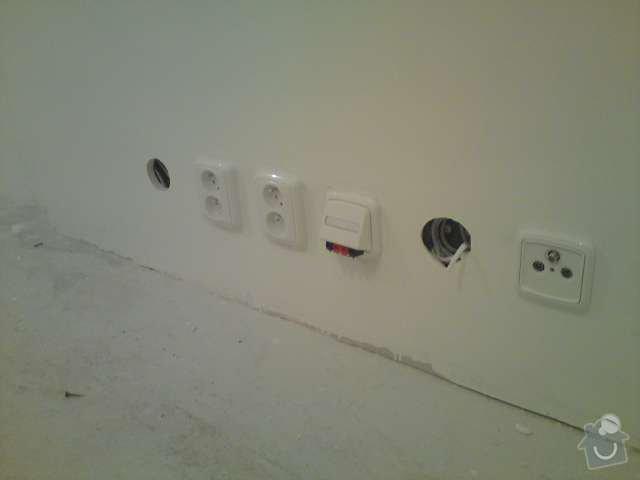 Rekonstrukce elektroinstalace - panelový byt 2+1 včetně rozvodů datové sítě: DSC00321