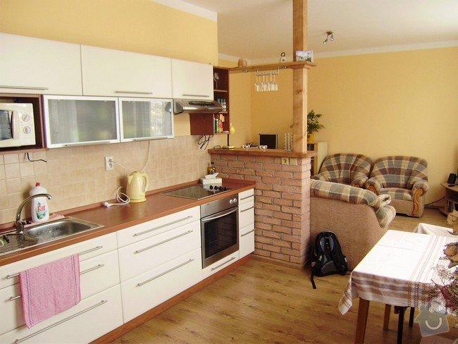 Rekonstrukce bytu 1+KK: kuchyn-stav_brezen_2009_-_Kopie