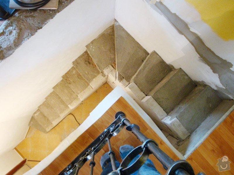 Obložení betonového schodiště dřevem: schodiste2