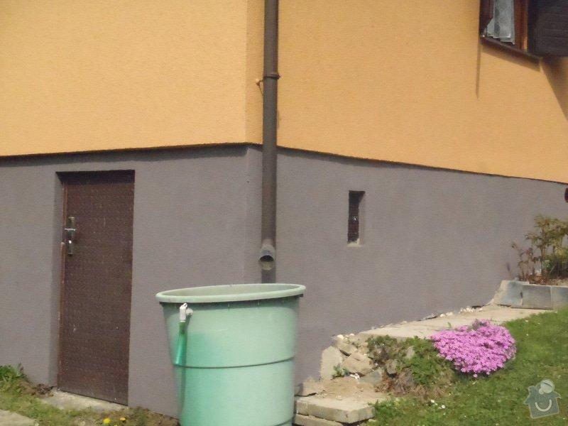 Oprava a nátěr fasády-sokl,stavba truhlářských doplňku zahrady.: P4280305