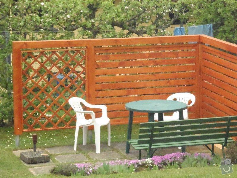 Oprava a nátěr fasády-sokl,stavba truhlářských doplňku zahrady.: P4280322