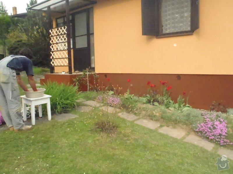 Oprava a nátěr fasády-sokl,stavba truhlářských doplňku zahrady.: P4280333