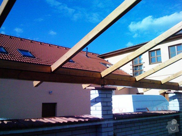 Lehká střecha nad průjezdem RD: pr_0226