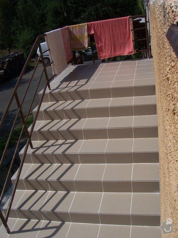 Rekonstrukce schodů a pokojů: dokon_en_schody