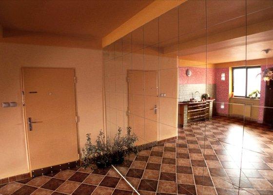 Dívčí byt