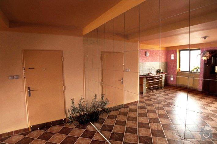 Dívčí byt: re_Zrcadlo-1