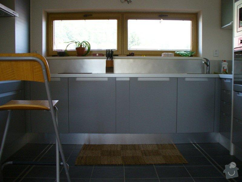 Kuchyne vcetne spotrebicu - rodinny dum: kuchyne