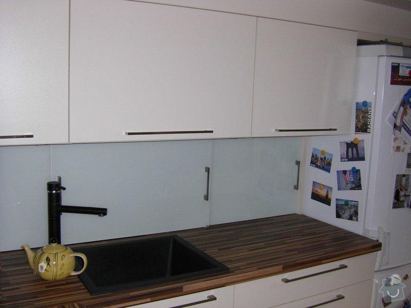 Kuchyně: STH70093