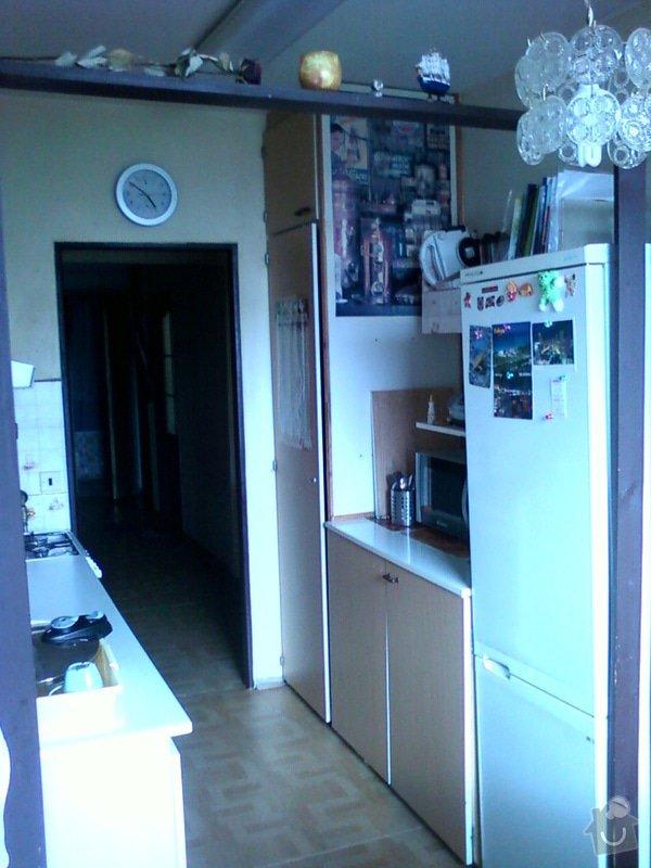 Rekonstrukce bytového jádra+předsíň: Kuchyne_od_okna