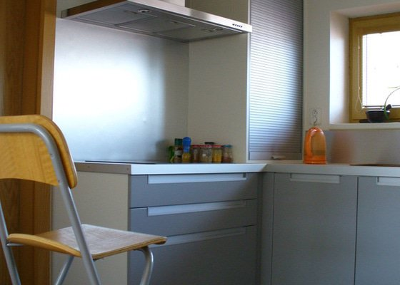 Kuchyne vcetne spotrebicu - rodinny dum