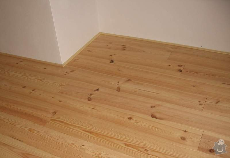 Dodávka a montáž masivní podlahy do obytných místností prvního patra novostavby: IMG_6950A