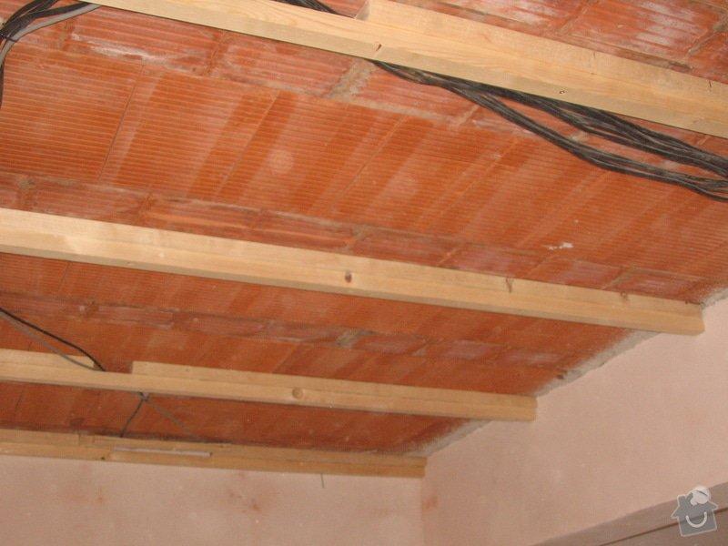 Dodávka a montáž stropního trámového obkladu do novostavby: IMG_6374