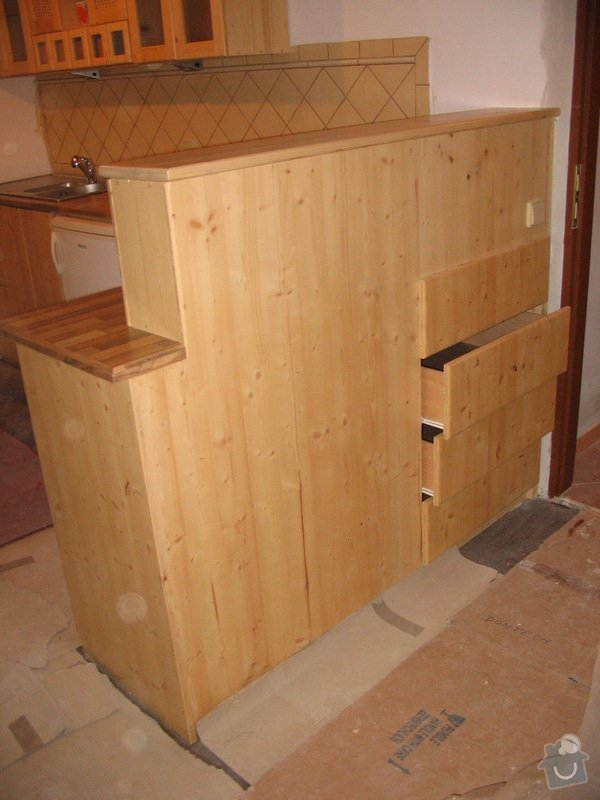 Kuchyňská linka do rekonstruovaného bytu: IMG_0087