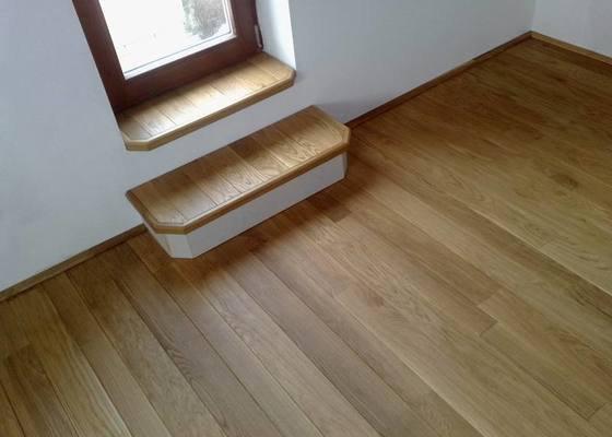Montáž masivní podlahy do obytné místností