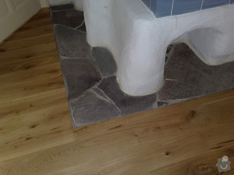 Dodávka a montáž dubové masivní podlahy do rekonstruovaného hostince U Fialů: roh_kamen