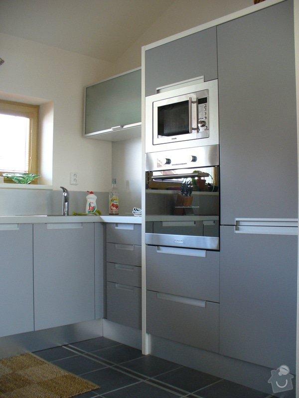 Kuchyne vcetne spotrebicu - rodinny dum: kuchyne3