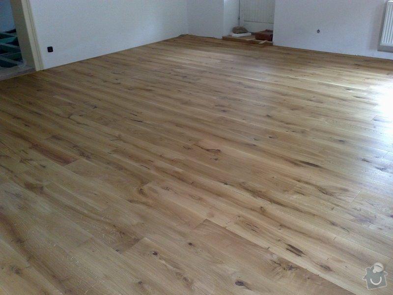 Dodávka a montáž dubové masivní podlahy do rekonstruovaného hostince U Fialů: Snimek_031