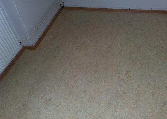 Dodávka a montáž plovoucí podlahy do kuchyně