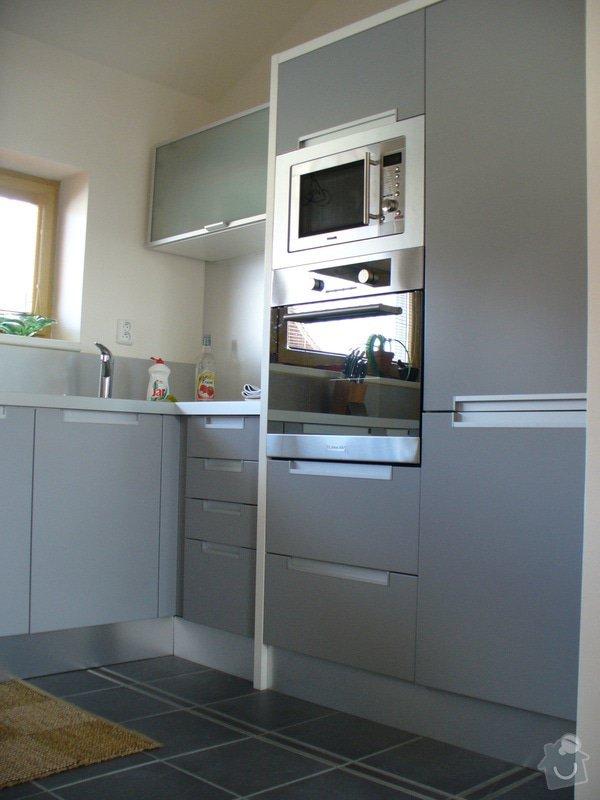Kuchyne vcetne spotrebicu - rodinny dum: kuchyne4