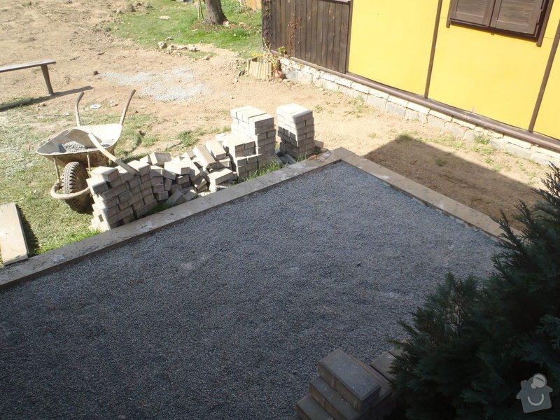 Zámková dlažba.: P4220214