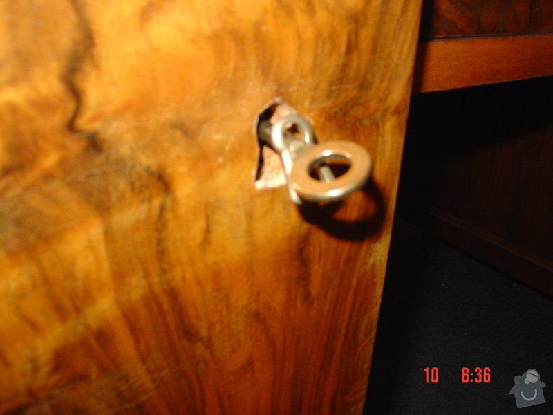 Oprava starožitného psacího stolu: DSC00589