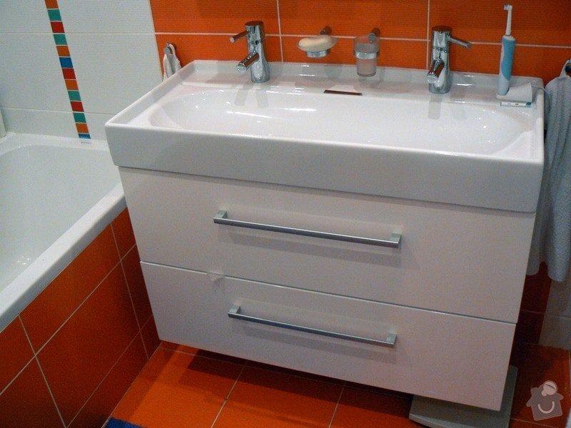 Rekonstrukce bytu, nová koupelna a WC: R_P1030110