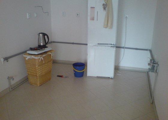 Příprava rozvodu vody pro novou kuchyňskou linku