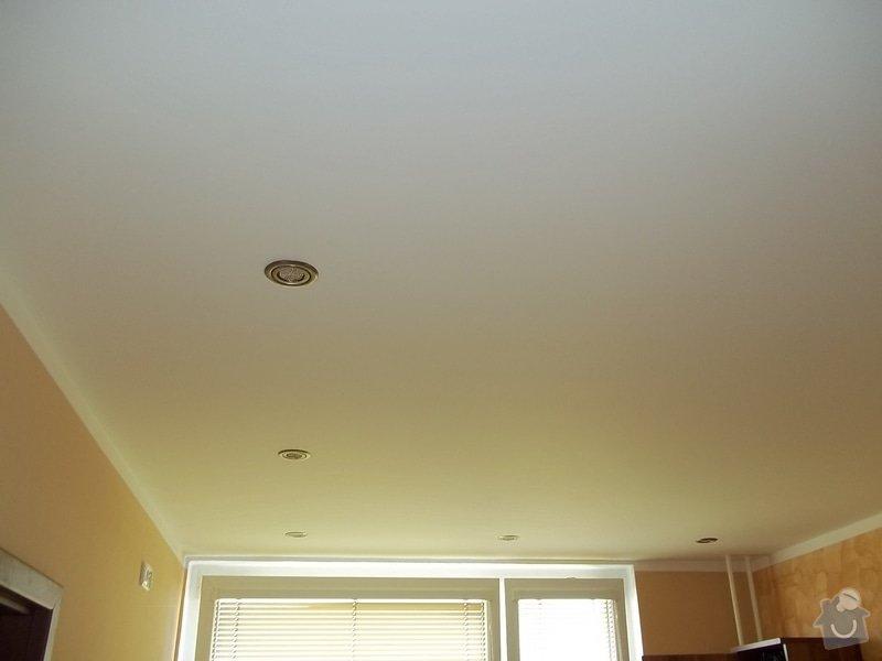 Snížení stropu a oprava stávajícího podhledu z SDK: 104_0017
