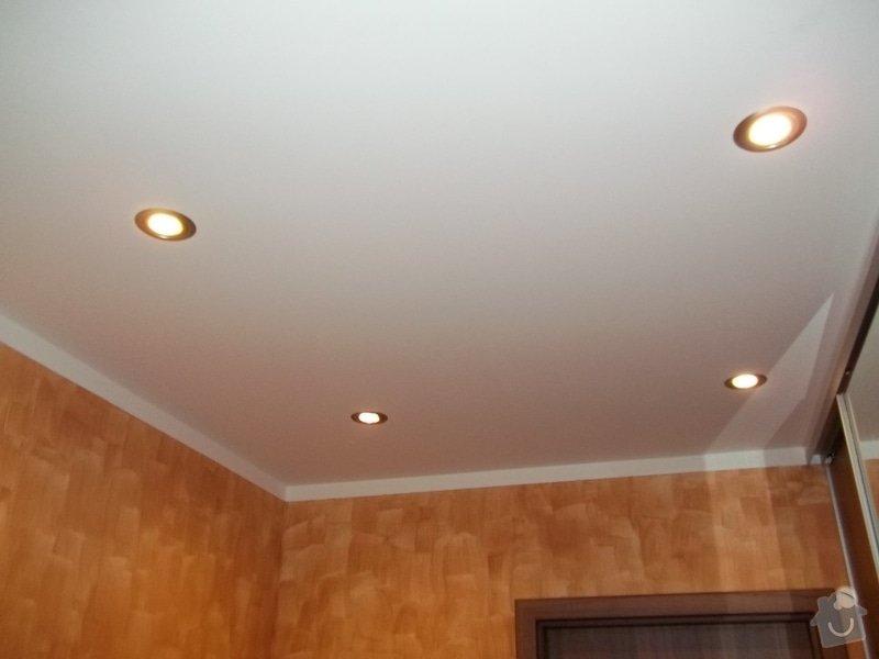 Snížení stropu a oprava stávajícího podhledu z SDK: 104_0021