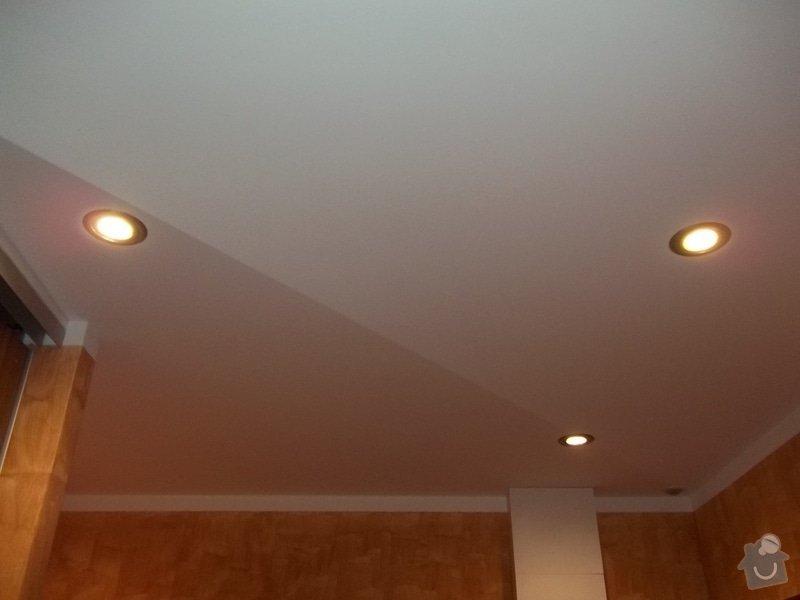 Snížení stropu a oprava stávajícího podhledu z SDK: 104_0022