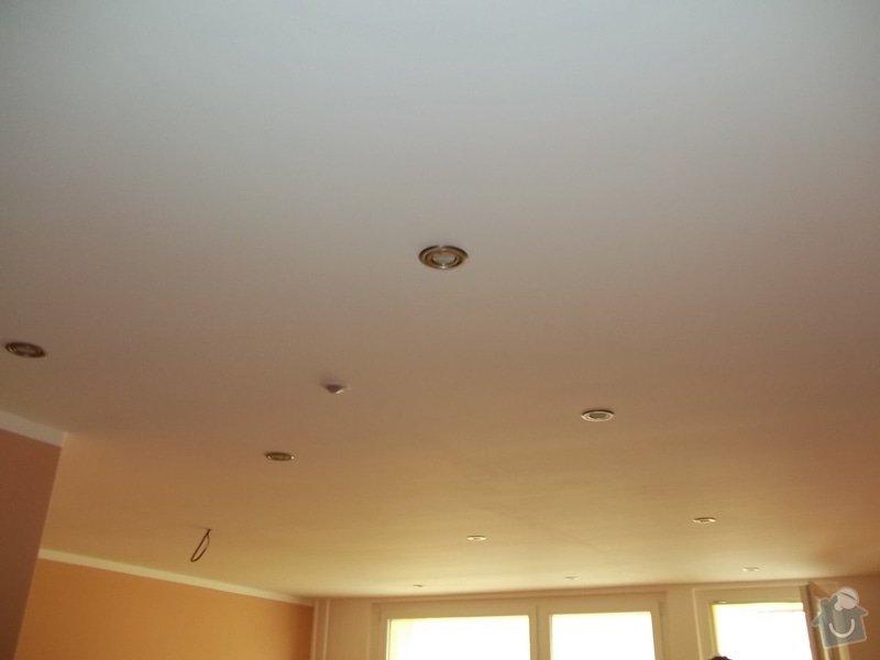 Snížení stropu a oprava stávajícího podhledu z SDK: 104_0024