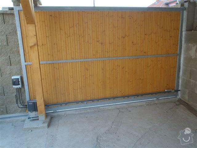 Vjezdová brána, vrata: P5120083