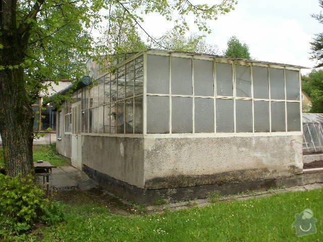 Rekonstrukce školního skleníku: P8120097