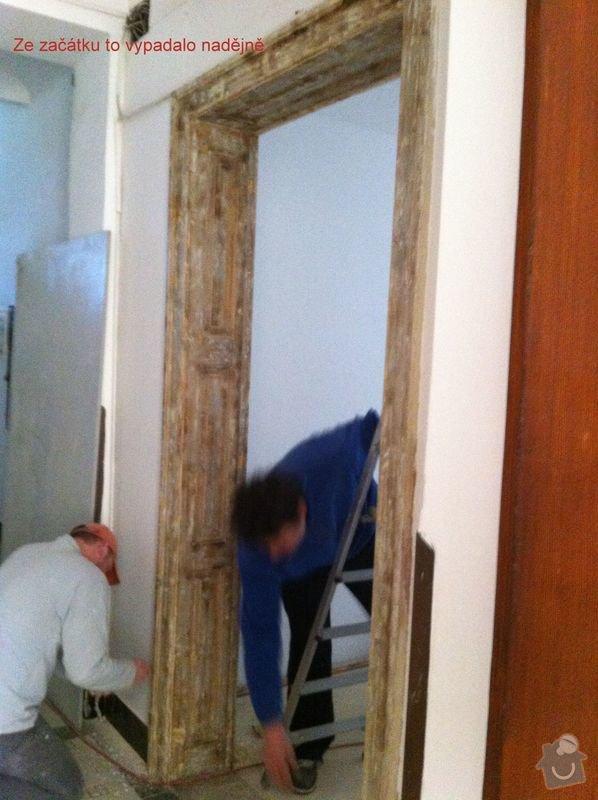 Renovace vstupních dveří z masivu.: Photo_dubna_05_9_40_44