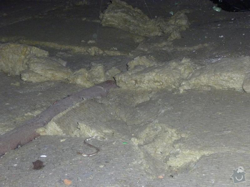 Rekonstrukce stropu a podlahy  v půdním prostoru: P1020501