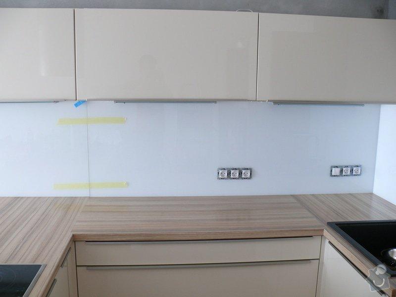 Obklad za kuchyňskou linku LACOBEL: P1000402