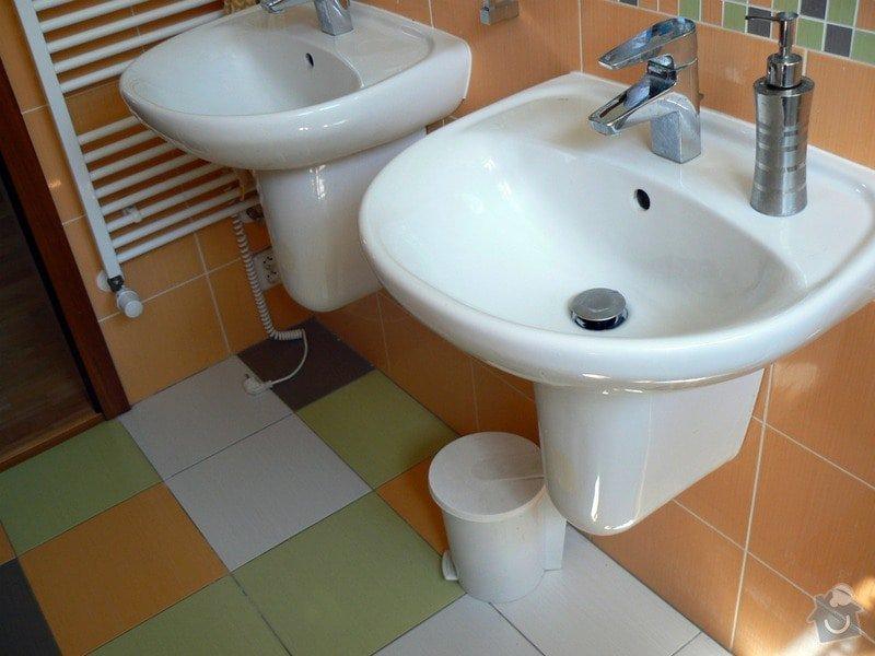 Výstavba RD - rozvody vody, vnitřní kanalizace, topení, dodávka a montáž zařizovacích předmětů, vzduchotechnika: R_P1030278