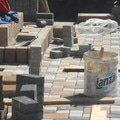 Pokladka obrubniku a zamkove dlazby p5070462