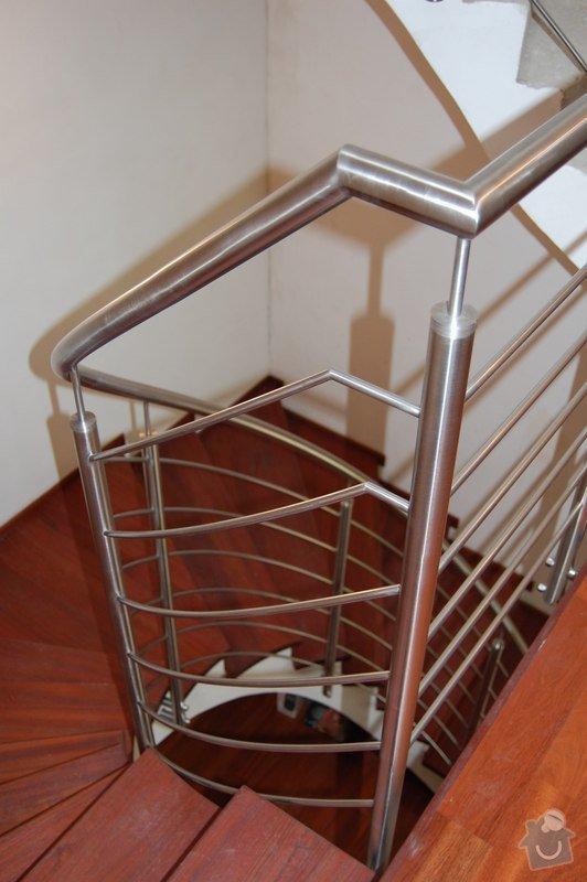 Nerezové zábradlí točitého schodiště: 06