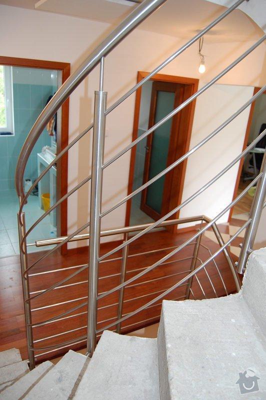 Nerezové zábradlí točitého schodiště: 07