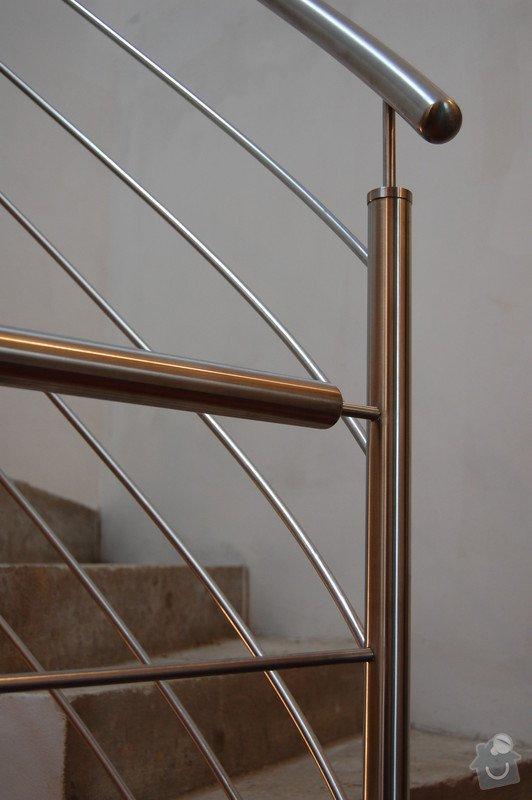 Nerezové zábradlí točitého schodiště: 09
