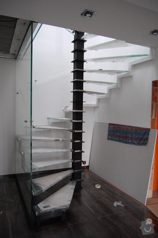 Točité prosklené schodiště: DSC_5483