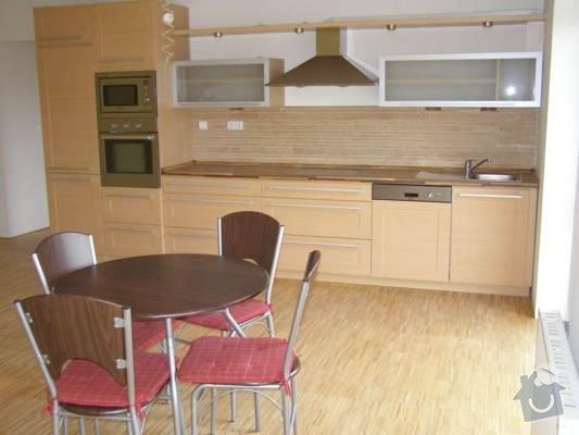 Pokládka dřevěných podlah - BD Vránova: P1010560_jpg