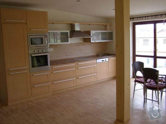 Pokládka dřevěných podlah - BD Vránova: P1010561_jpg