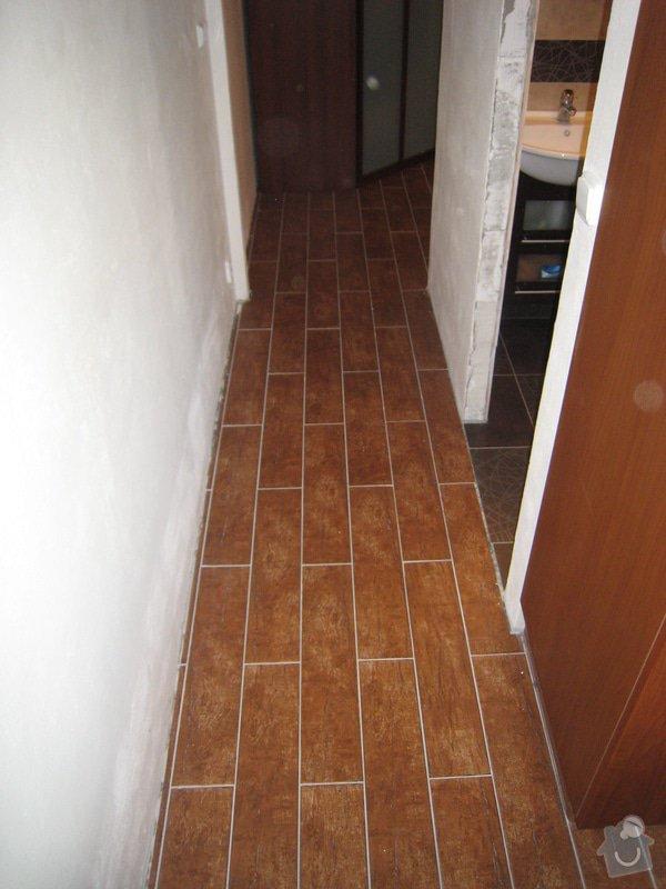 Obklad koupelny,WC  a kuchyně + dlažba : IMG_2461